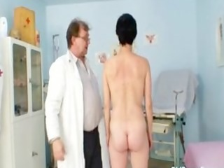 barbora visits gyno doctor to acquire older