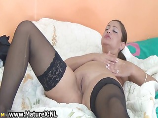 thick older housewife in sexy dark