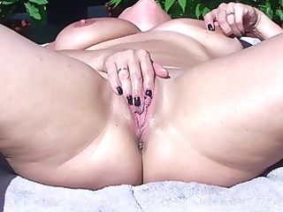 large pointer sisters d like to fuck masturbates