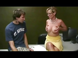hawt mother i helping student by troc